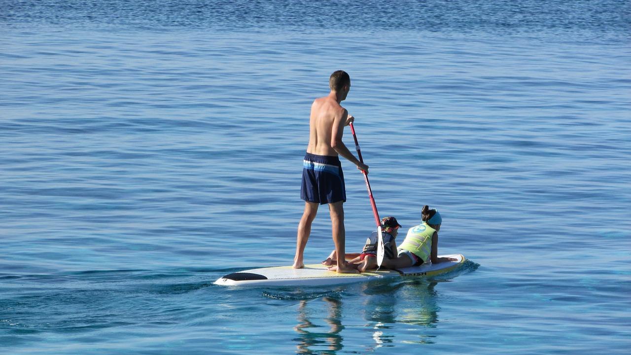 paddleboarding on the potomac
