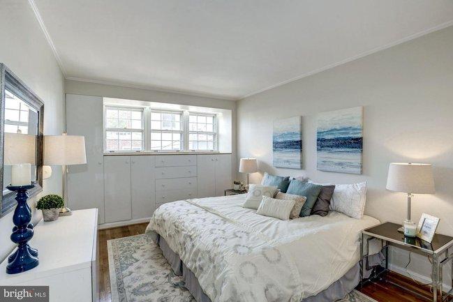 a spacious, sunny bedrom